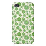 Ornamento verde floral oriental fresco de la flor  iPhone 4 coberturas