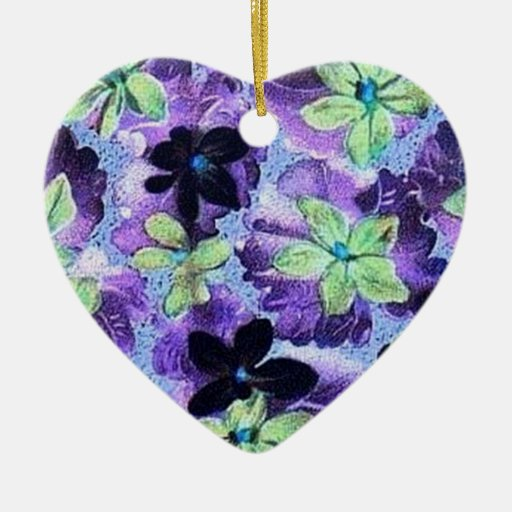 Ornamento verde púrpura de las violetas del adorno de cerámica en forma de corazón