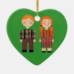Ornamento verde Raggedy del corazón de Ana y de An Adornos De Navidad