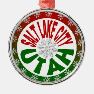Ornamento verde rojo del copo de nieve de Salt Adorno Redondo Plateado