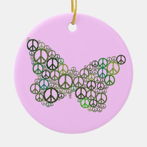 Ornamento verde rosado de la mariposa de la paz adorno redondo de cerámica