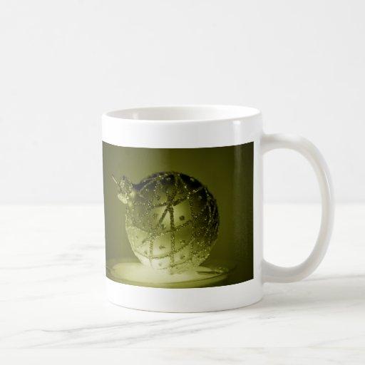 Ornamento verde taza básica blanca