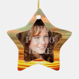Ornamento vibrante de la estrella del marco de la adorno navideño de cerámica en forma de estrella