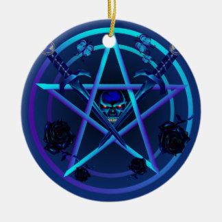 Ornamentos azules del Pentagram y de las dagas Ornamento De Navidad