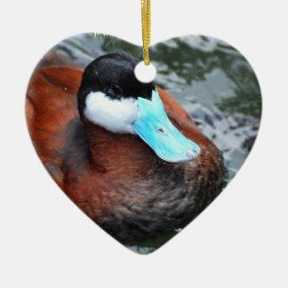 Ornamentos cargados en cuenta azul del pato adorno de cerámica en forma de corazón