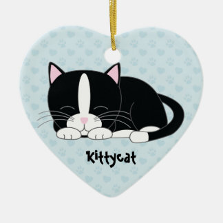 Ornamentos de encargo soñolientos del gatito {gato adorno navideño de cerámica en forma de corazón