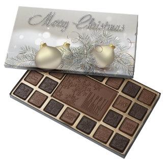 Ornamentos del navidad del reflejo del oro y de la caja de bombones variados con 45 piezas