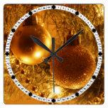 Ornamentos del oro relojes de pared