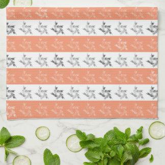 Ornamentos en diseño de tira toallas de cocina