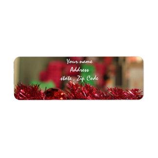 Ornamentos rojos etiquetas de remite