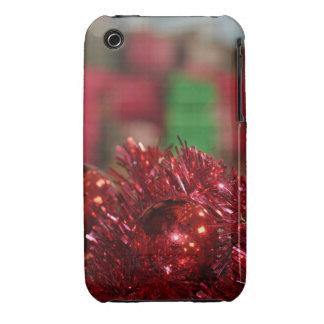Ornamentos rojos iPhone 3 fundas