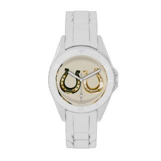 Oro afortunado el día de las herraduras de St Patr Relojes De Pulsera
