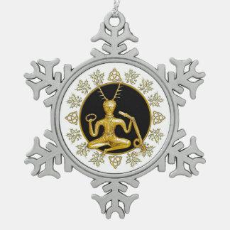 Oro Cernunnos, acebo, y Tri-quatra - estaño Orn Adorno De Peltre En Forma De Copo De Nieve