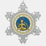 Oro Cernunnos y espirales - ornamento 2 del estaño