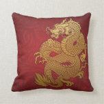 Oro chino y rojo del dragón cojines