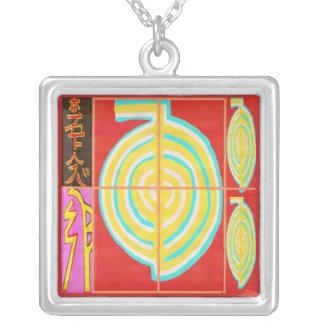 Oro de CHOKURAY con los símbolos de Reiki Colgante
