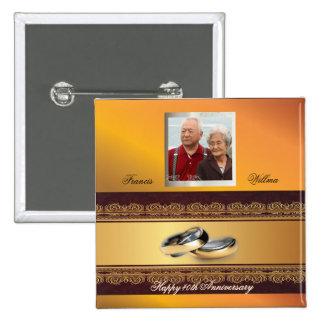 Oro de encargo del aniversario de boda pin cuadrada 5 cm