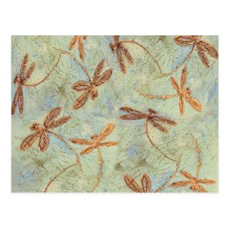 Oro de la danza de la libélula tarjeta postal