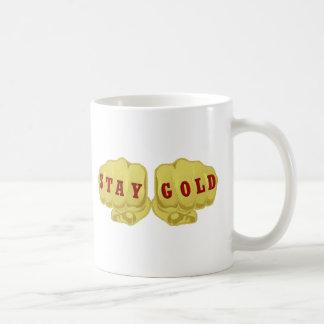 Oro de la estancia taza básica blanca
