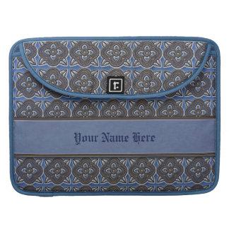 Oro de Quatrefoils en azul Funda Para Macbooks