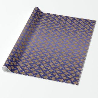Oro del damasco en azul real papel de regalo