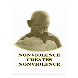Oro del Nonviolence los regalos de Zazzle del Postal
