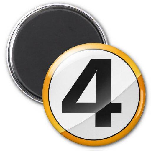 oro del número 4 imán redondo 5 cm