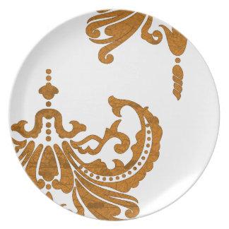 Oro del vintage y damasco blanco plato