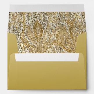 Oro elegante con las falsas lentejuelas sobres