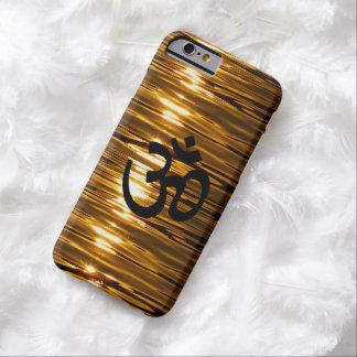 Oro líquido con el caso del iPhone 6 del símbolo Funda De iPhone 6 Barely There