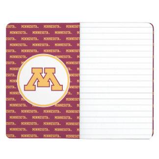 Oro M de Minnesota Cuaderno Grapado
