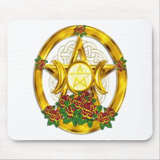 Oro pagano del pentáculo de Wiccan con los rosas Alfombrilla De Raton