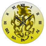 Oro torcido del dragón reloj de pared