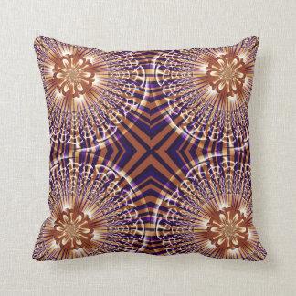Oro y americano púrpura MoJo Pillo del fractal de  Almohada