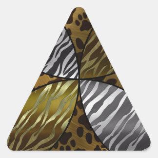 Oro y animal negro de la textura del metal, pegatina triangular