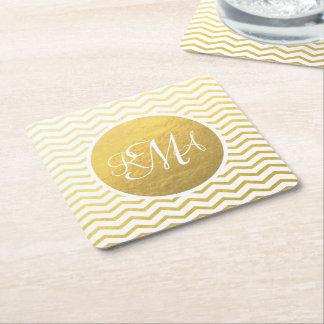 Oro y con monograma blanco de Chevron Posavasos De Cartón Cuadrado