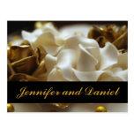Oro y crema subiós casando tarjetas de la invitaci tarjetas postales
