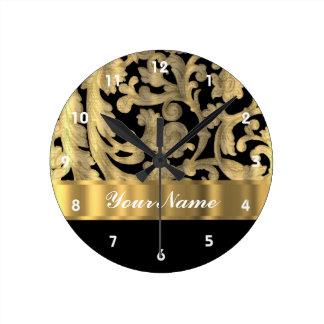 Oro y damasco floral del negro reloj redondo mediano