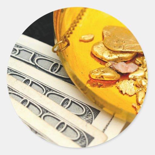 Oro y efectivo etiqueta redonda