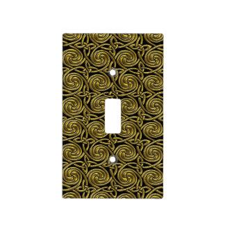 Oro y modelo de nudos espiral céltico del negro cubiertas para interruptor