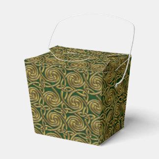 Oro y modelo de nudos espiral céltico del verde caja para regalos de fiestas