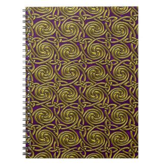 Oro y modelo de nudos espiral céltico púrpura libros de apuntes