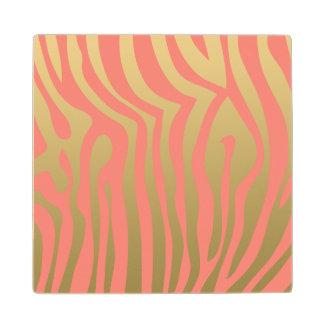 Oro y modelo rosado coralino de las rayas de la posavasos de arce