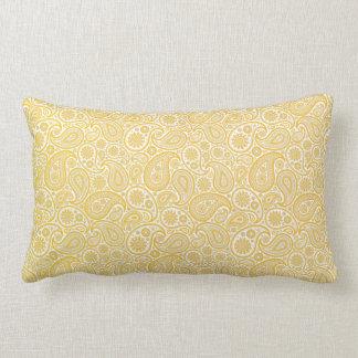 Oro y Paisley amarilla limón en el fondo blanco Almohadas
