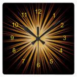 Oro y reloj de pared negro del diseño del respland