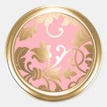 Oro y sello rosado del sobre del damasco pegatina redonda