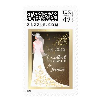 Oro y sellos nupciales blancos de la invitación de