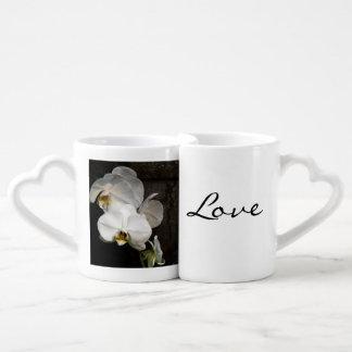 Orquídea blanca taza para enamorados