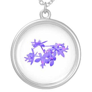 Orquídea de tierra teñida azul de las flores colgante redondo