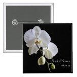 Orquídea en el botón negro del boda pin